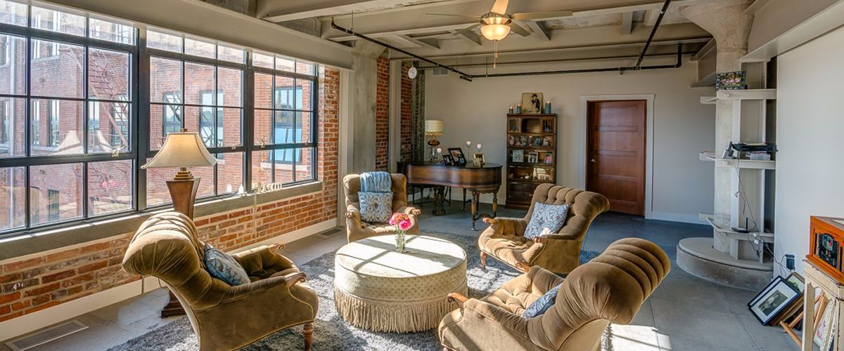 downtown-dubuque-loft-6-compressed
